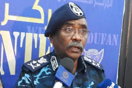 وزير الداخلية يشيد بجهود بعثة يوناميد وتعاونها مع الوزارة