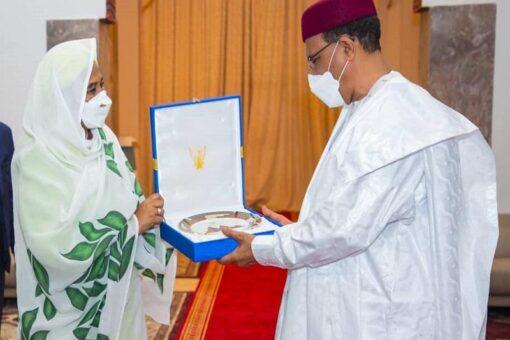 وزيرة الخارجية تجري مباحثات مع رئيس النيجر