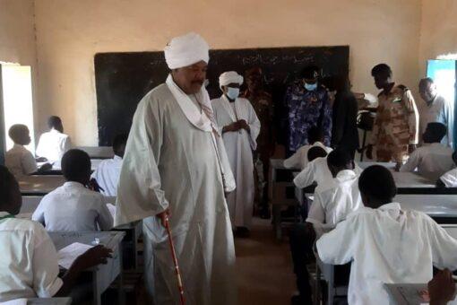 40455 تلميذا وتلميذة يجلسون لإمتحانات شهادة الأساس بجنوب دارفور