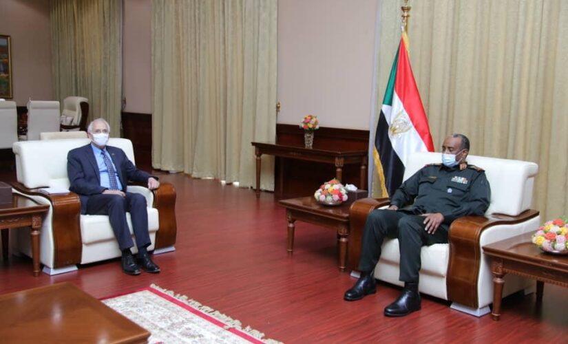 رئيس مجلس السيادة يشيد بدور مجموعة الترويكا في سلام السودان