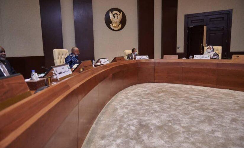 مجلس الوزراء يتلقى إفادة حول سير مفاوضات جوبا