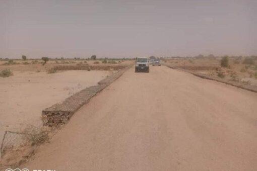 وزير الطرق يقف على تشييد الطريق الرابط بين الفاشر طويلة