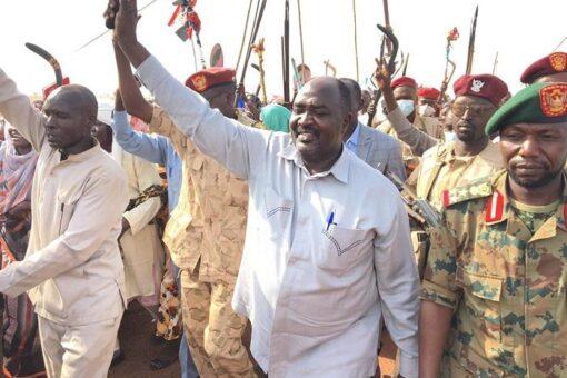 والي غرب دارفور يختتم زيارته لعدد من الولايات