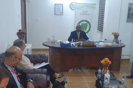 إيلين كوهين تشيد ببرنامج السودان لمكافحة الألغام