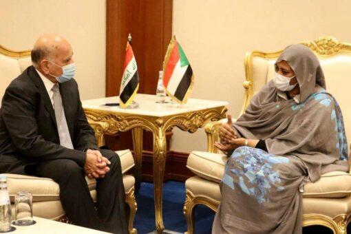 وزيرة الخارجية تلتقي نظيرها العراقي في الدوحة