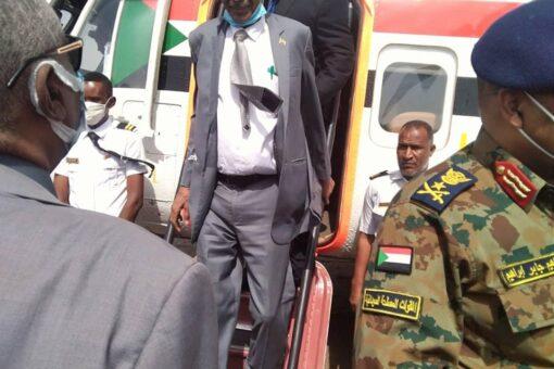 إبراهيم جابر يصل الجزيرة لتدشين تشغيل طلمبات القسم الشرقي