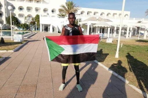 العداء عاصم الصادق يتأهل لنهائي(400)متر في البطولةالعربية بتونس
