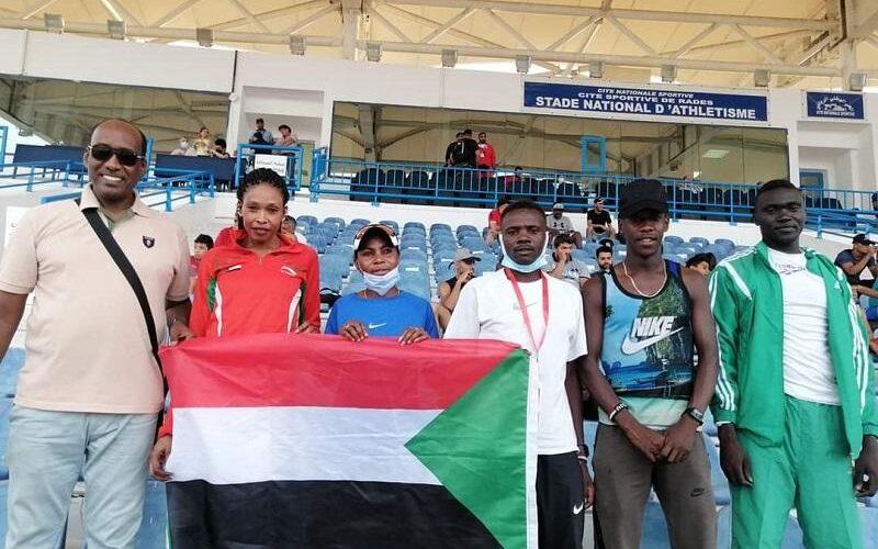 العداءة آمنة دولار تحرز فضية ٨٠٠متر في البطولة العربية