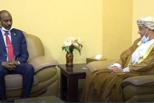 حافظ يبحث مع سفير سلطنةعمان التعاون فى مجال الثروة الحيوانية