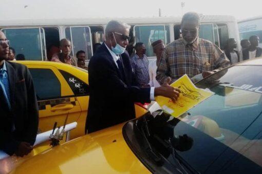 والي الجزيرة يشارك في مبادرة (وصلني) لترحيل طلاب الشهادة السودانية