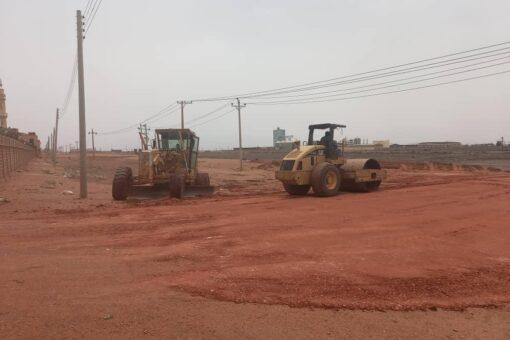 بدء سفلتة الطريق الداخلي الرابط بين مدني الخرطوم ومنطقة الباقير