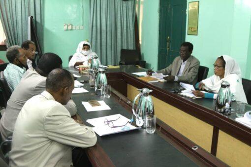 لجنة المفصولين تعسفياً:هناك مخطط لإفشال عمل اللجنة