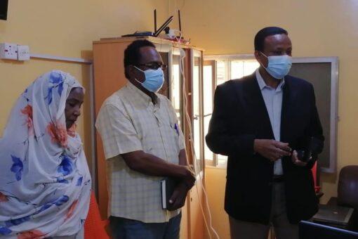 مدير عام صحة الخرطوم يعد بحل مشاكل العاملين بالقمسيون الطبي