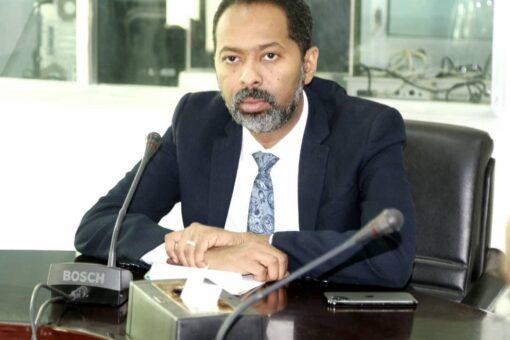 وزير شؤون مجلس الوزراء يؤكد اهتمام الحكومةبمعالجة قضايا المغتربين