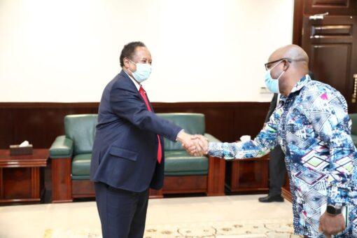 حمدوك يستقبل مدير المنظمة الدولية للديمقراطية والعون في الانتخابات
