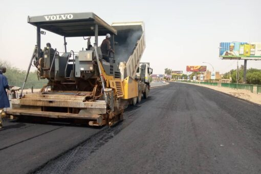 الطرق والجسور بولاية الخرطوم تؤكد أهمية الصيانة الدورية للطرق