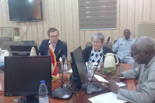 المعونة الأمريكية تطلع بالفاشر على تنفيذ اتفاقية سلام جوبا