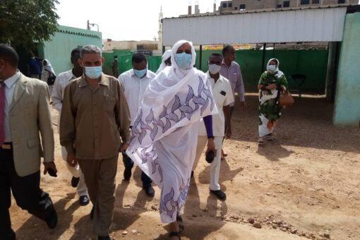 والي الشمالية تتفقد سير امتحانات الشهادة السودانية