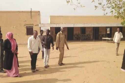 أمنة المكى تؤكد التزام حكومتها بإكمال الخدمات الأساسية بقرية البجراوية