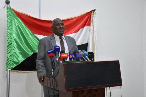 النائب العام المكلف يلتزم بمد غرب دارفور بمحققين .