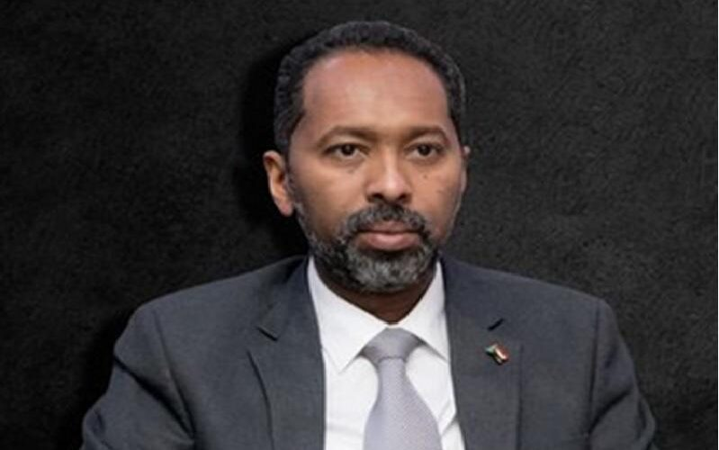مجلس الوزراء يدشن بطاقة وفاء لمعالجة مصابي وأسر شهداء ديسمبر