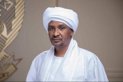 """النائب الأول لرئيس مجلس السيادة يتبرع بمحطتي""""مياه""""لمحلية عسلاية بشرق دارفور"""
