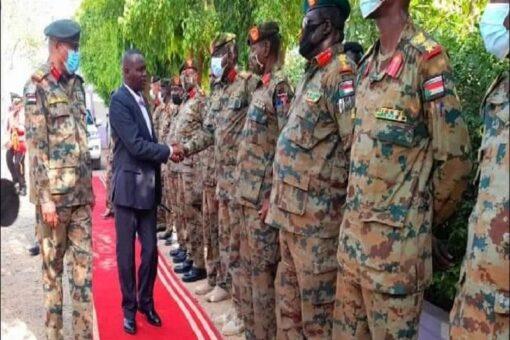 نمر يؤكد أهمية دور القوات المسلحة في إنجاح الفترة الانتقالية