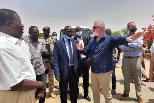 والي شمال دارفور يتفقد المقر الرئيس لبعثة اليوناميد بالفاشر