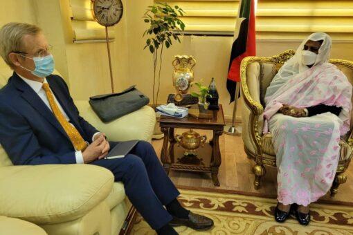 وزيرةالخارجية تبحث سير عمليةالسلام في السودان مع ممثلي دول الترويكا