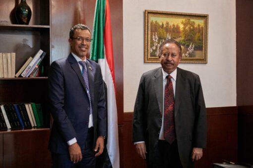 د.حمدوك يودع المدير القُطري لليونيسيف بمناسبة انتهاء فترة عمله