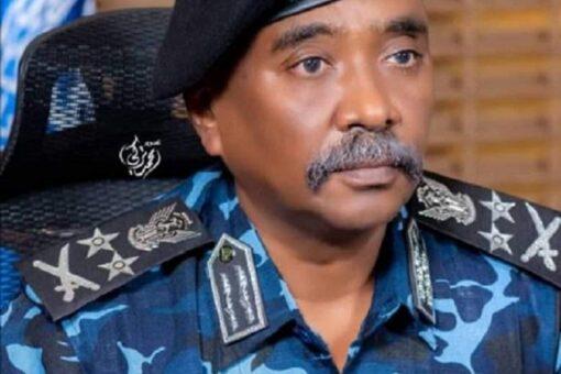 وزيرالداخلية يتفقد رئاسة شرطة ولاية الخرطوم ومحلياتها السبع