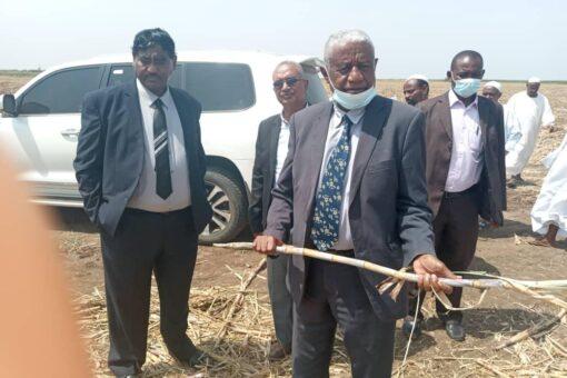 الكنين يعلن إستمرار دعم حكومته لتطوير القطاع الزراعي وربطه بالصناعة