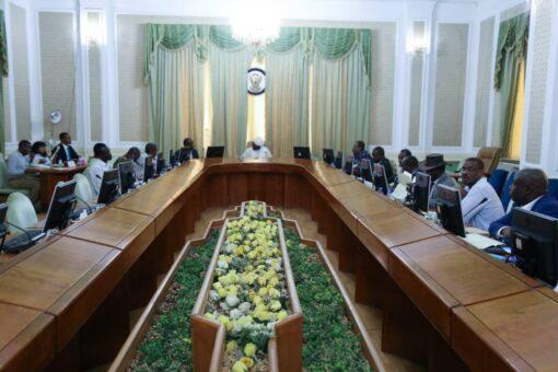 التعايشي يرأس اجتماع اللجنة العليا لتنفيذ اتفاق السلام- مسار دارفور