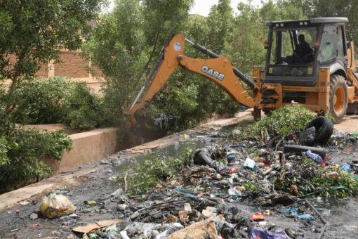 الطرق والجسور بولاية الخرطوم تتفقد أعمال طوارئ الخريف بمحلية الخرطوم