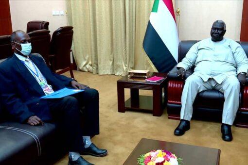 عقار يؤكد دعمه للنهوض بالقطاع الثقافي فى السودان