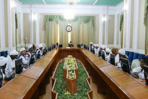 لجنة معالجة قضية الشرق تجتمع بالمجلس الأعلى للإدارات الأهلية بالشرق