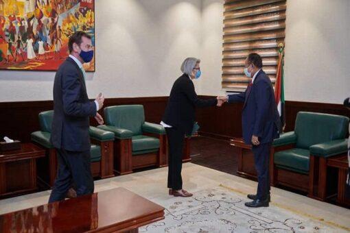 حمدوك يلتقى مبعوثة الاتحاد الأوروبي للقرن الأفريقي