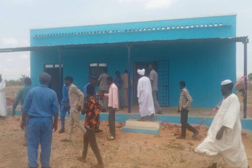 والي شرق دارفور يتفقد عدد من المؤسسات الخدمية بمحلية عسلاية