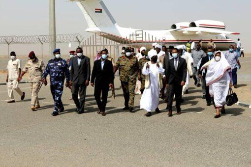 وفد حكومي وزاري يصل مدينة بورتسودان