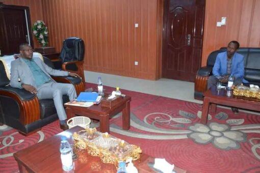 نمر يطلع على أنشطة وخطط مجلس تنسيق التعدين بشمال دارفور