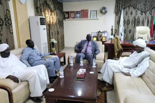 حاكم إقليم النيل الأزرق يمتدح جهود الإدارة الأهلية في الاستقرار