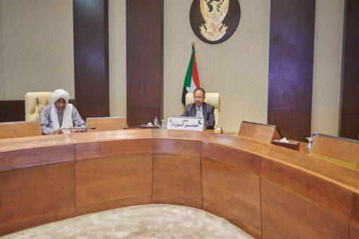 حمدوك يؤكد قدرة الإدارة الأهلية على التفاعل مع قضايا الوطن