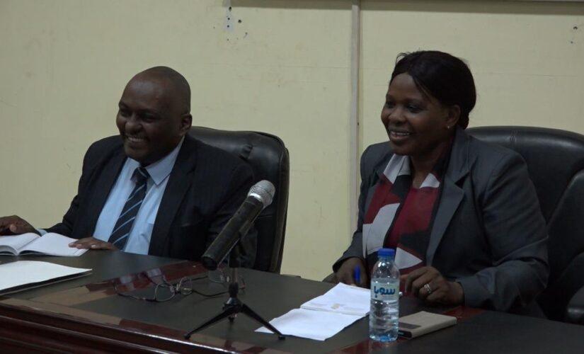 وزيرة الحكم الاتحادي تلتقي أطراف العملية السلمية