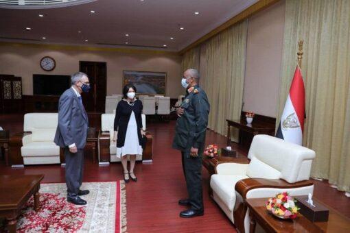 البرهان يستقبل وكيل الأمين العام للأمم المتحدة للشؤون السياسية وبناءالسلام