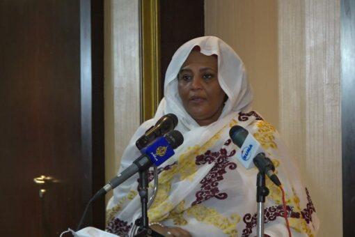 وزيـرة الخارجـية الي الجزائر بشأن الأزمـة في ليـبيا