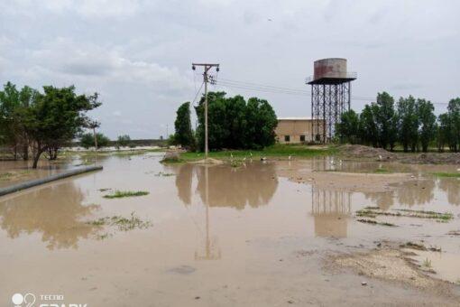 تقرير:انهيار مئات المنازل وتاثر مئات الاسر بمناطق السيول والامطار