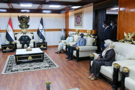 البرهان:السودان يتطلع الي إقامة علاقات طبيعية مع الولايات المتحدة