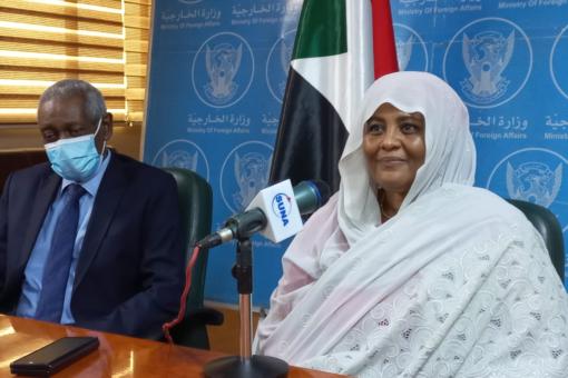 وزيرةالخارجية تؤكد تمثيل الدبلوماسيين من المناطق المهمشةوالمرأة وذوي الاحتياجات الخاصة