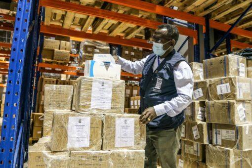 وزارة الصحة، الأمم المتحدةالإنمائي والصحةالعالمية يدشنون علاجاً محسناً لفيروس الايدز