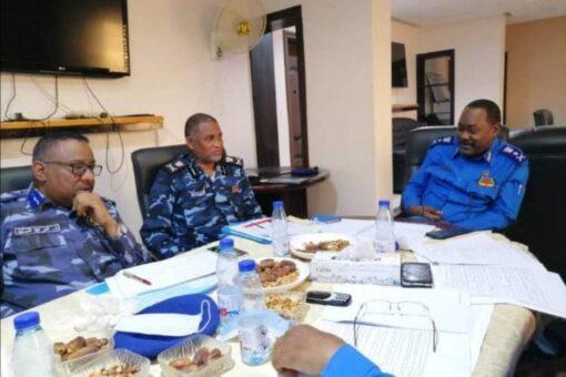 هيئة التوجيه والخدمات بالشرطه تناقش القضايا المتعلقة بسير العمل